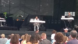 Mr Howard Jones Mary Moor Park WA